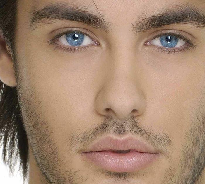 красивые глаза мужчины